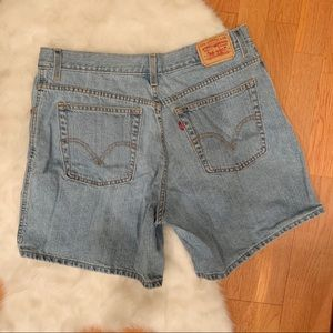 LEVI'S 550 Relaxed Fit Jean Shorts EUC PLUS